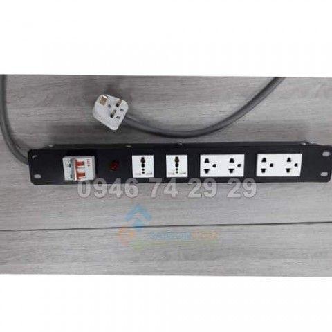 Ổ điện 6 port có CB32A