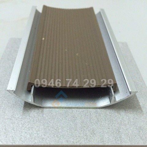 Nẹp bán nguyệt nhôm D60 (60x10) dài 2,5m2
