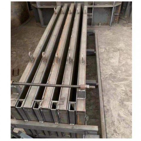 Khuôn đổ panel dùng cho bê tông bọt khí, kích thước tấm  1200x600x100mm