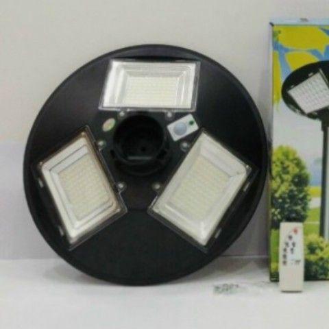 Đèn năng lượng mặt trời sân vườn UFO MK-79150 150W - D 414x414mm