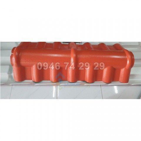 Tấm úp nóc mái tôn nhựa (5 sóng)  dài :1.080mm,DTSD: 1.000mm  dày 2.5mm