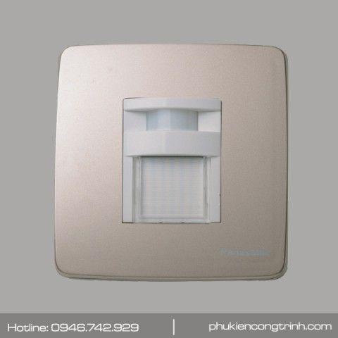 Đèn cảm biến soi lối đi Panasonic Minerva WMT707MYZK‑VN