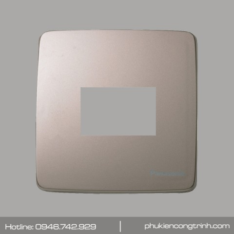 Mặt cho 1 thiết bị Panasonic Minerva WMT7811MYZ-VN