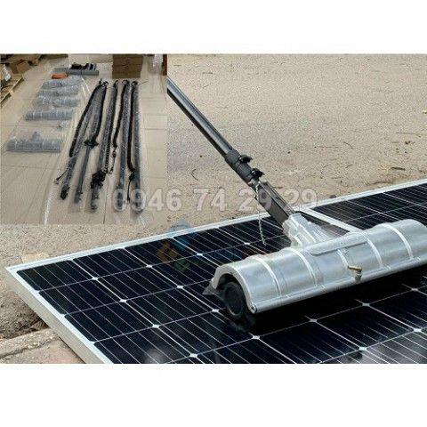 Máy vệ sinh tấm pin Năng lượng  mặt trời tay cầm 5,4m
