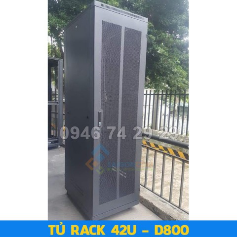 Tủ rack Comrack 42U  D800 (H2100xW600xD800) - 1.2mm