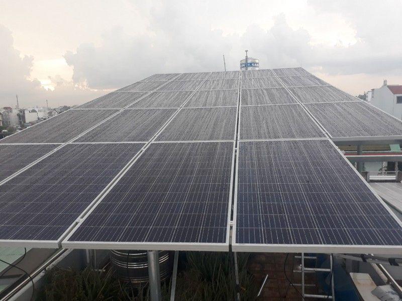 Hình ảnh lắp đặt điện mặt trời